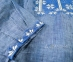Вышиванка мужская джинс с сине-белой вышивкой 2004.1 2