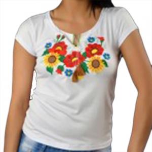 Вышитая футболка Мак и подсолнух белая 1727