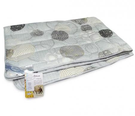 Одеяло межсезонное ТМ Leleka-Textile серого цвета в горошек