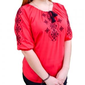 Вышитая блуза женская штапель с черной вышивкой 1010