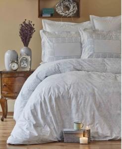 Постельное белье ТМ Karaca Home ранфорс Quatre Tiffany евро-размер