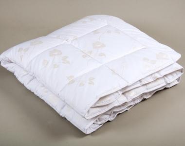 Одеяло демисезонное ТМ Lotus Premium tencel 155x215
