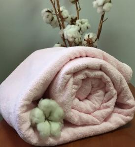 Простынь махровая ТМ Nostra розового цвета 160х200