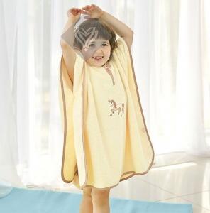 Пончо махровое с вышивкой ТМ Идея Пони 60х75