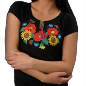Вышитая футболка мак и подсолнух чёрная 1727
